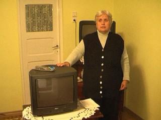 TV-poya-3