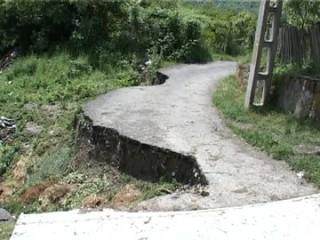 comarnicul-afectat-de-alunecarile-de-teren-3
