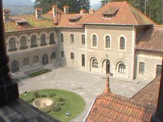 castel-cantacuzino-busteni